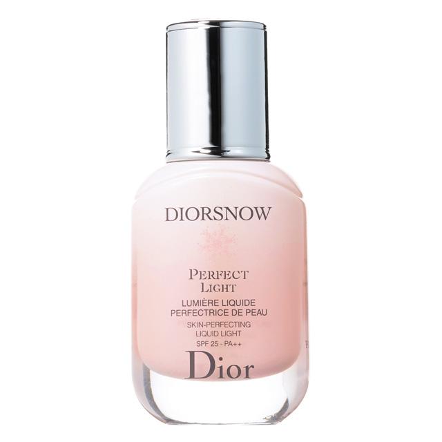 ピンクの光コントロールで素肌をトーンアップする【ディオール】の化粧下地