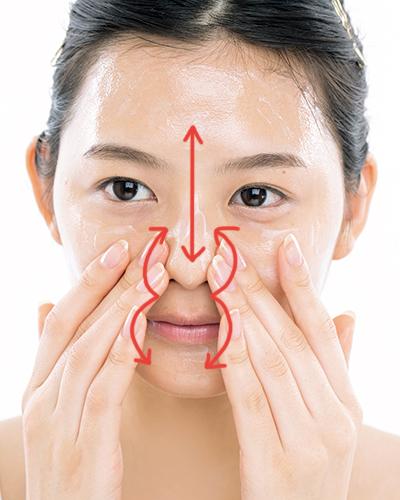 クレンジングを見直して乾燥肌を防ぐ!