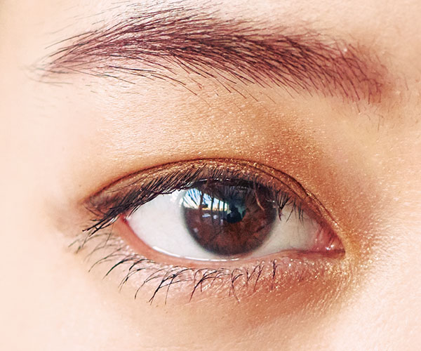【イエベ幼な顔】シアーなオレンジブラウンシャドウが似合う