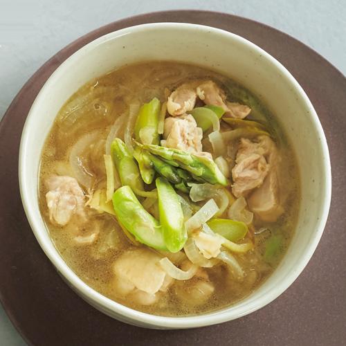 アスパラと鶏肉の黒酢スープ