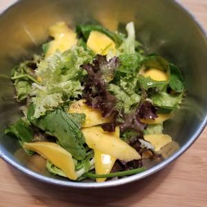 美肌をつくる「パッションフルーツのトロピカルサラダ」