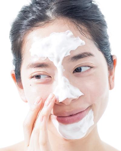 肌に優しく毛穴の汚れをオフ
