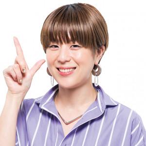 いつもの分け目と逆サイドの髪を活かす方法