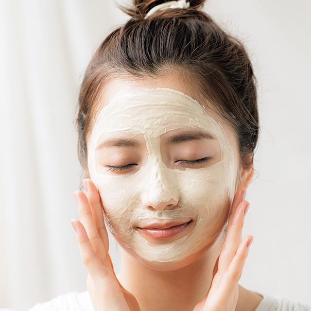 洗顔代わりに週1クレイパックでくすみをオフ