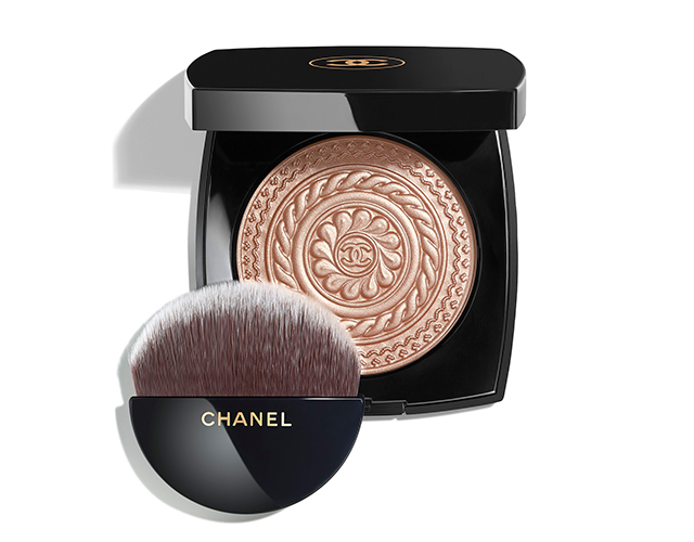 eclat-magnetique-de-chanel-metal-peach