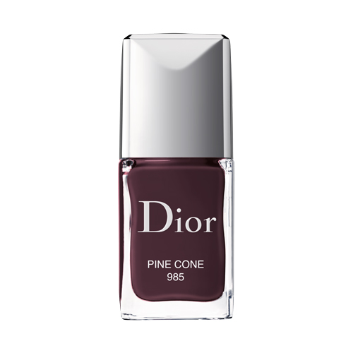 f000355985-basket-shades-s2-2019-cut-out-nail-polish-pine-cone