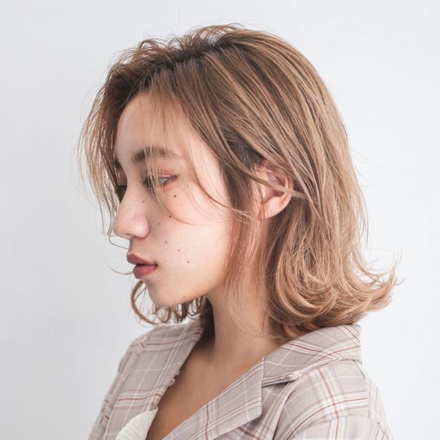 かきあげ前髪×抜け感の色気が魅力!
