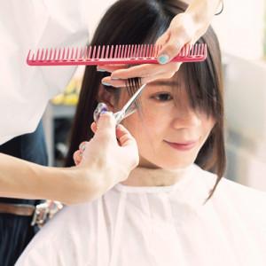 小顔に見えるヘアカット法&スタイリング