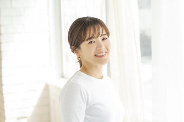 ヘアメイクアップアーティスト yumiさん